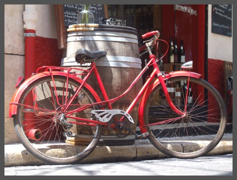 Red bike in Antibes