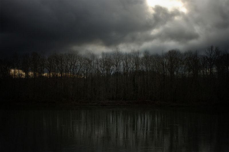 Dark River 4