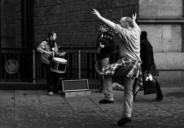 Aberdeen Street Dance Pipe