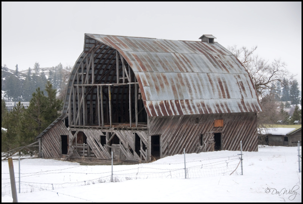 An old barn near Addy, Washington