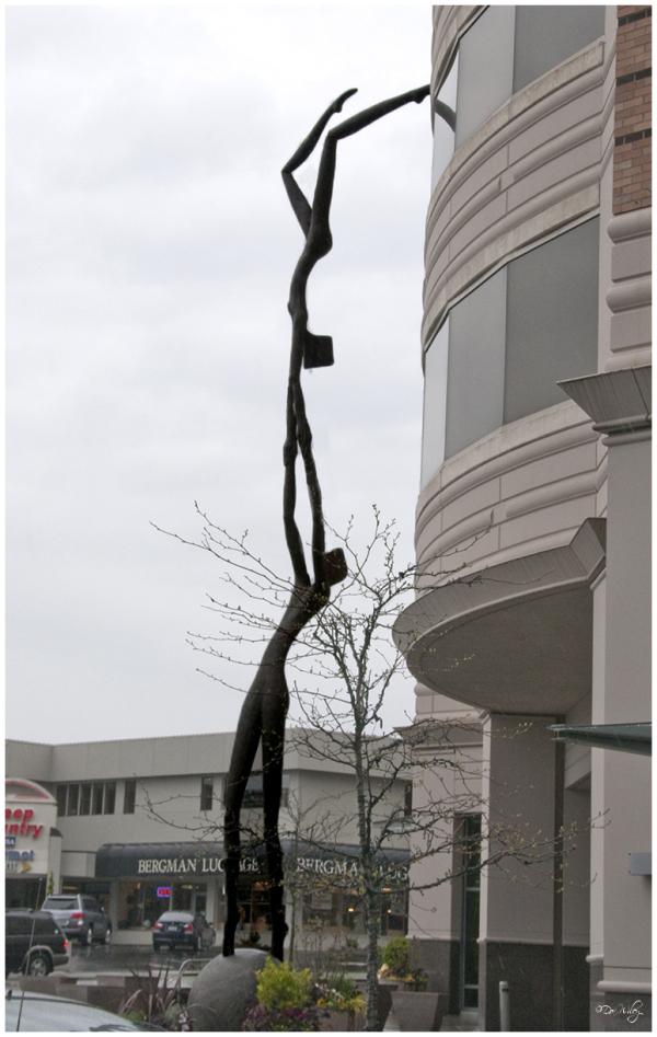 Statue  - Unusual Sunday