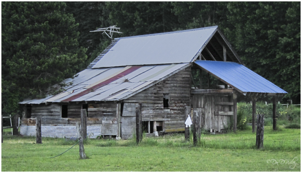 Icicle Creek Barn