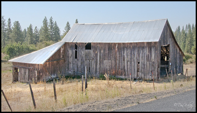 Roadside Barn