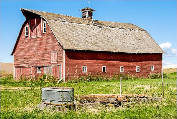 Davenport Barn