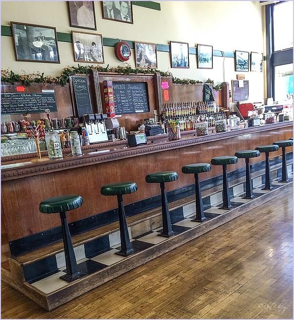 Owen's Bar