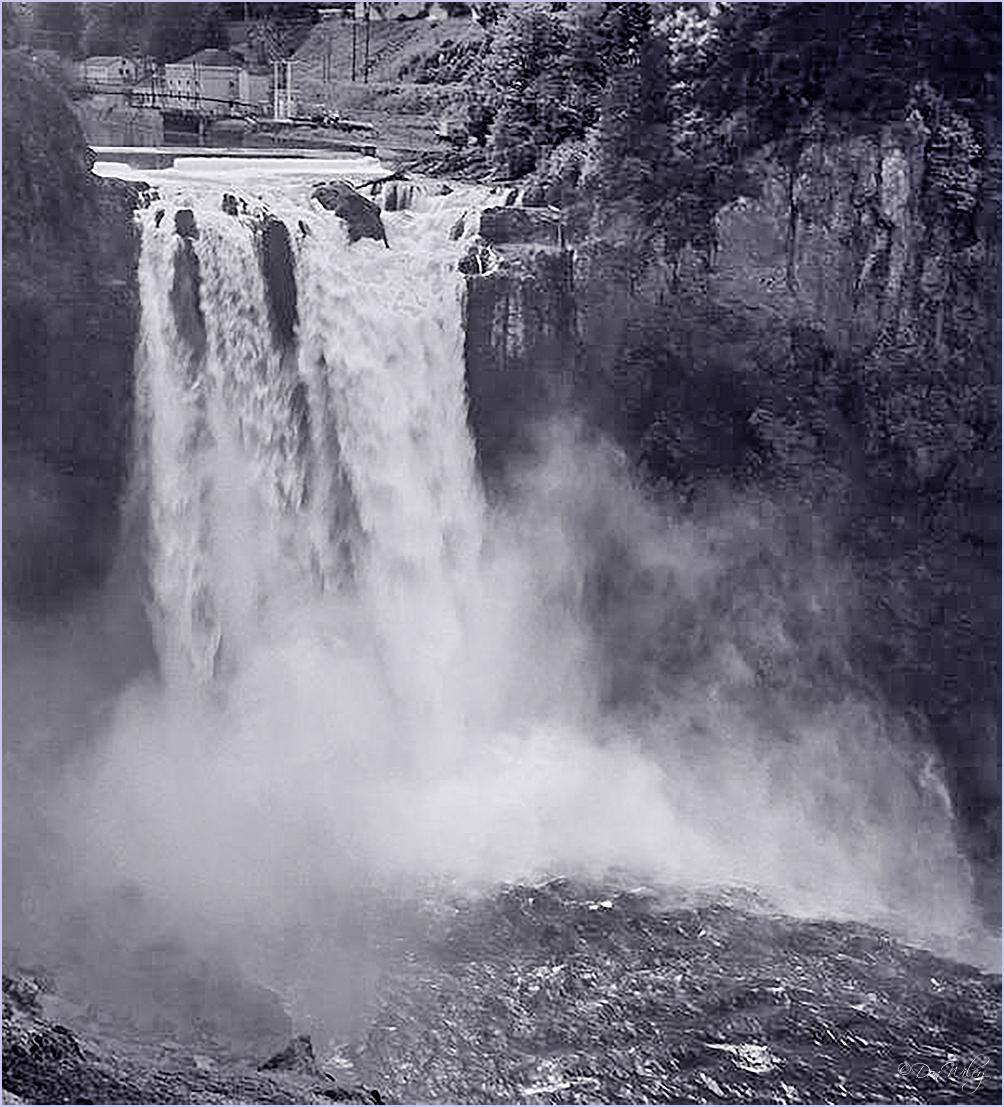 Snoquaime Falls