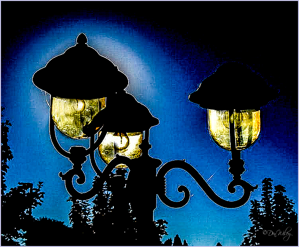 Thee Lamps