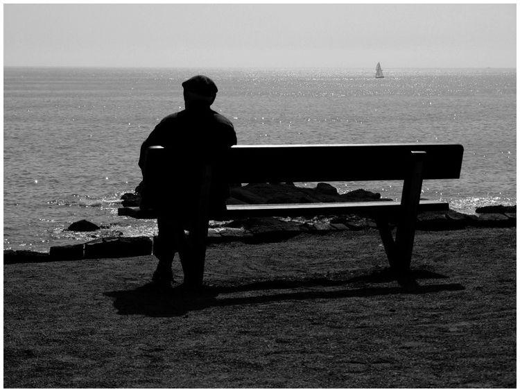 L'homme sur le banc