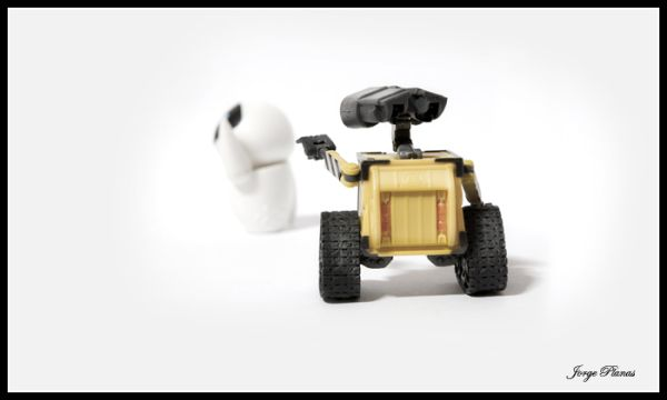 Wall-e and Eva