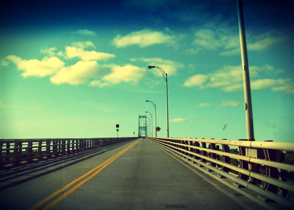 bridge to canada from united states