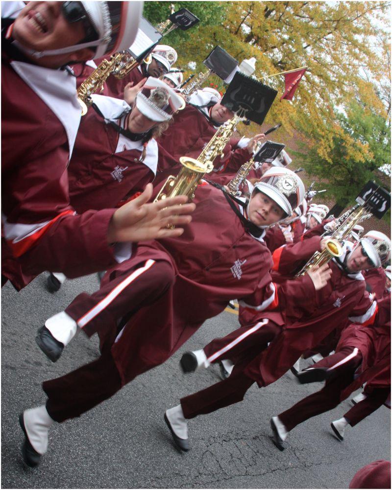 VT Homecoming Parade-Hokie Pokie