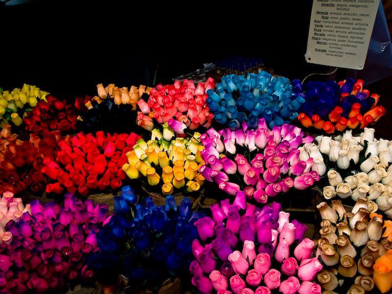 Puesto de flores de artesanía