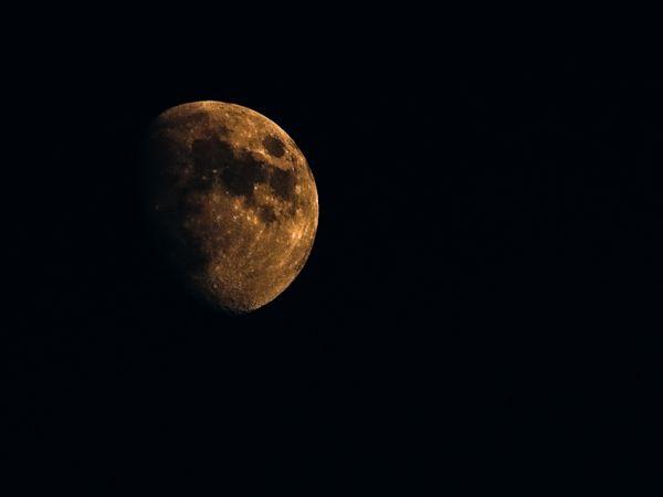 Moon 19.09.2010