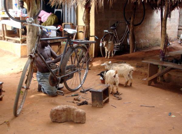 le réparateur de vélo ...