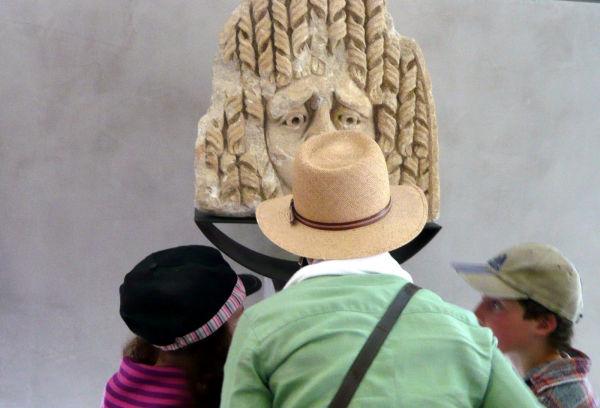 chapeaux ...