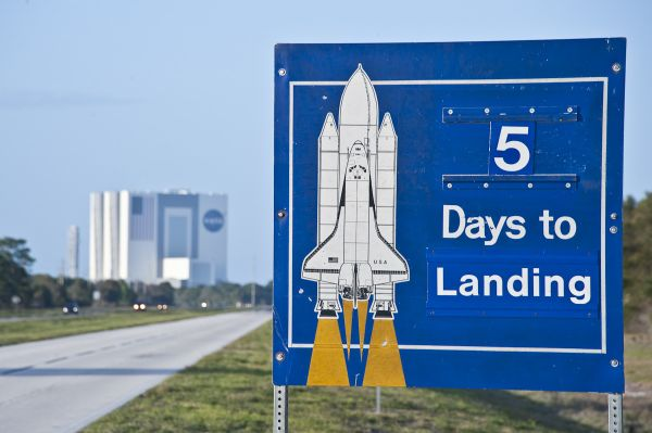 5 Days to Landing