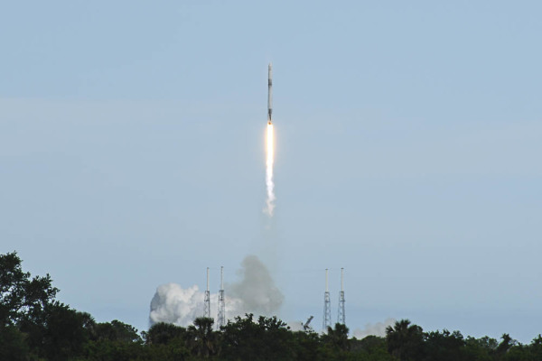 CRS14 Launch