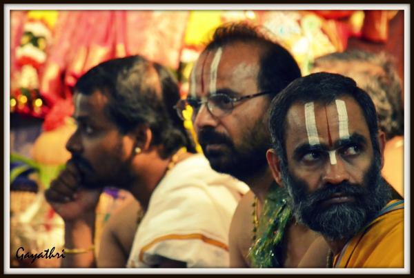 Hindu temple scene