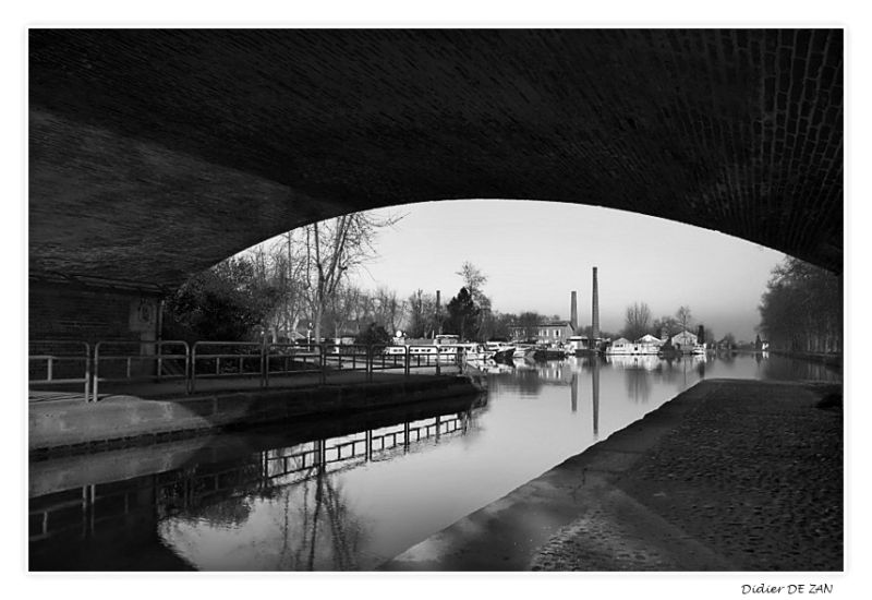 Au bord du canal .....