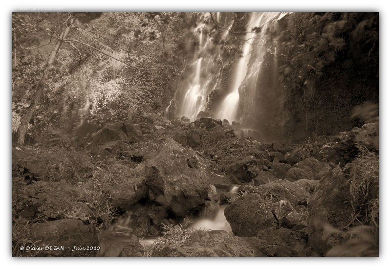 L'anse des Cascades ...