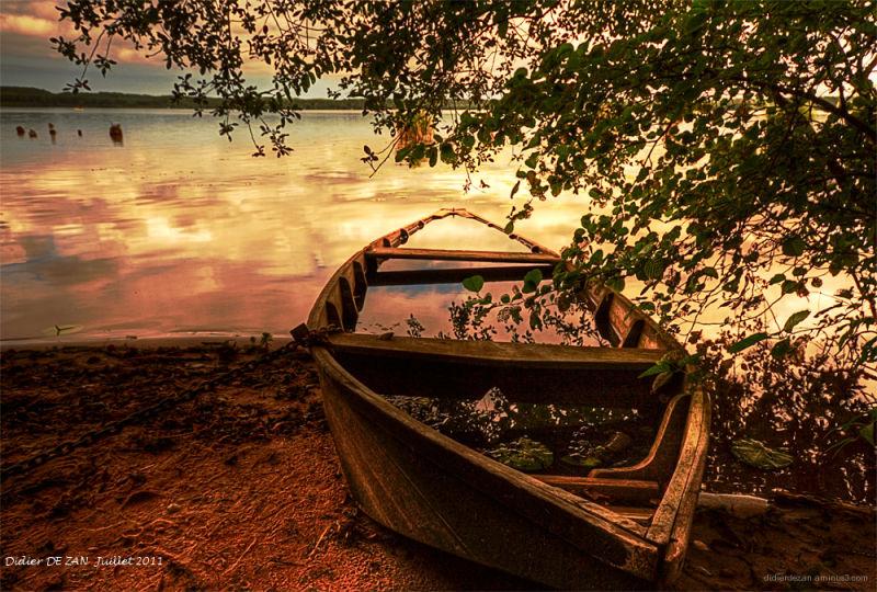 Barque au Crépuscule .....