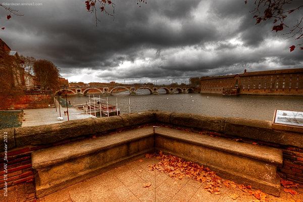 Ô.......  vue sur le  Pont Neuf ...