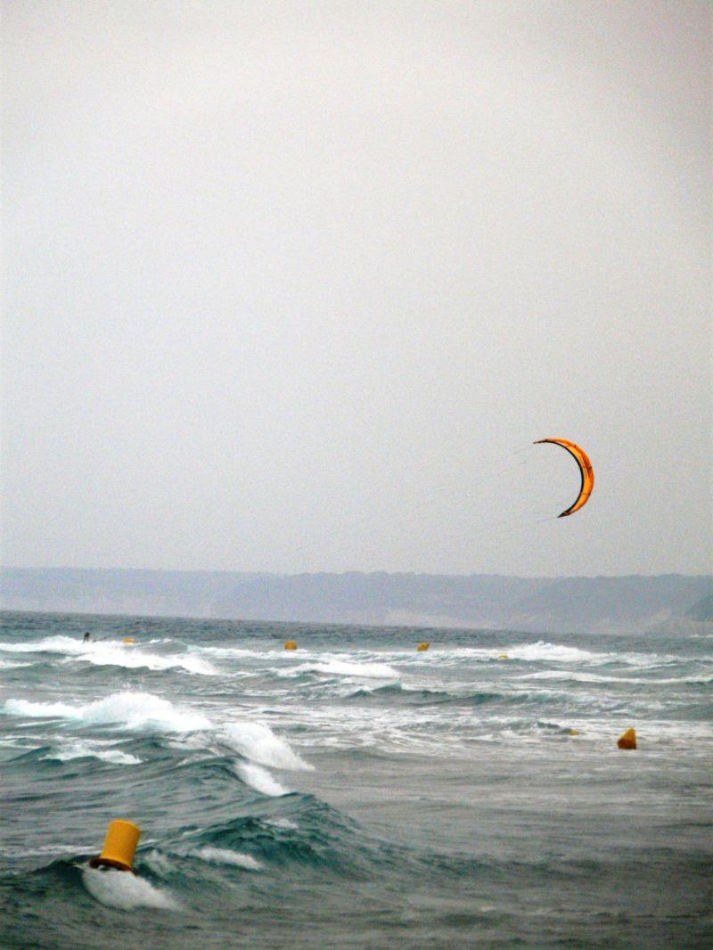 Fly surf en la playa de Son Bou, Menorca