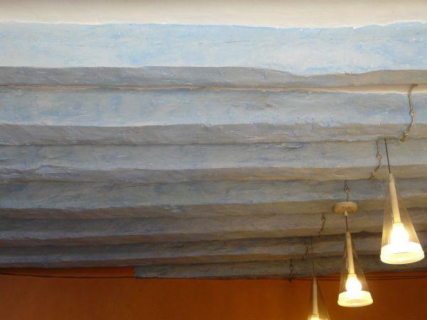 Lámparas colgadas del techo de estilo rústico