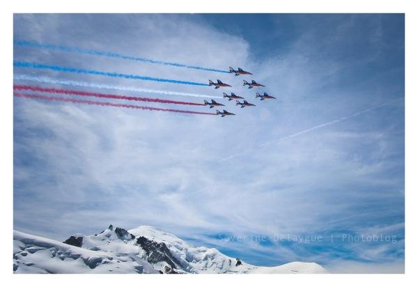Patrouille de France survole le Mont-Blanc