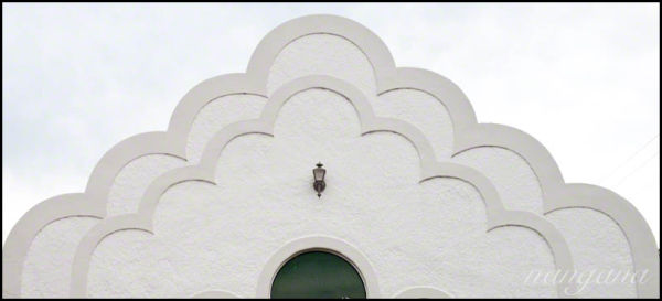 scalloped  house