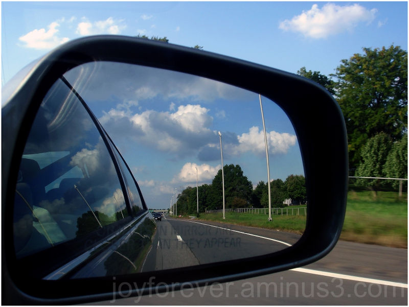 rear view mirror reflection road car