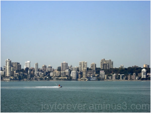 Mumbai skyline india