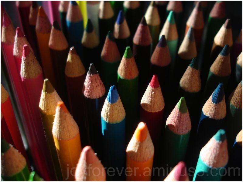 color colour pencils macro