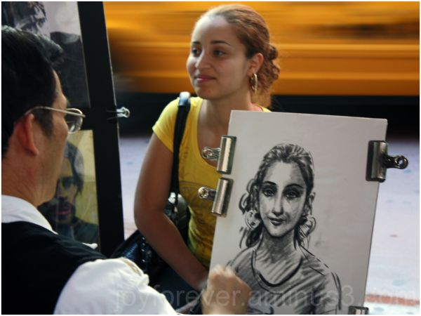 Street girl sketch artist
