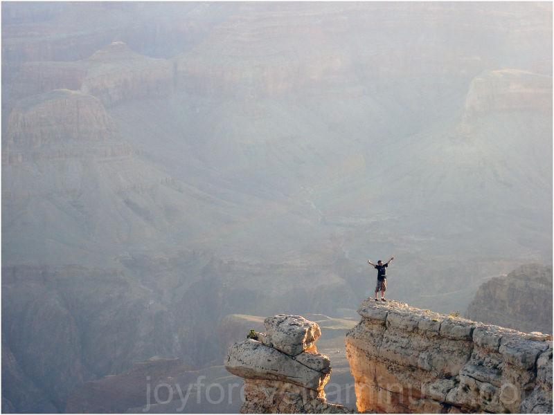 grand-canyon colorado arizona mountain edge man