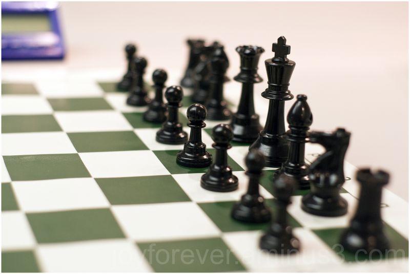 chess chessboard chessmen black pawns