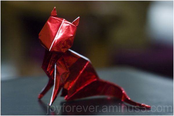 Origami cat paper red animal model craft