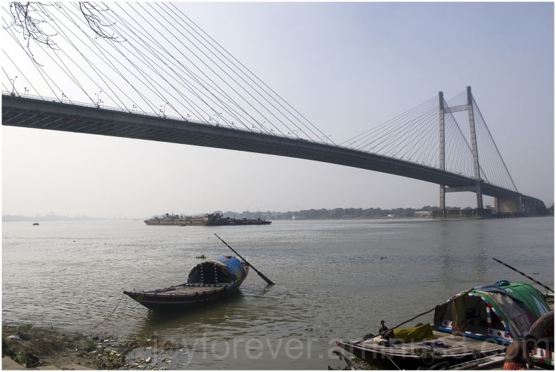 bridge kolkata calcutta india river boat bengal