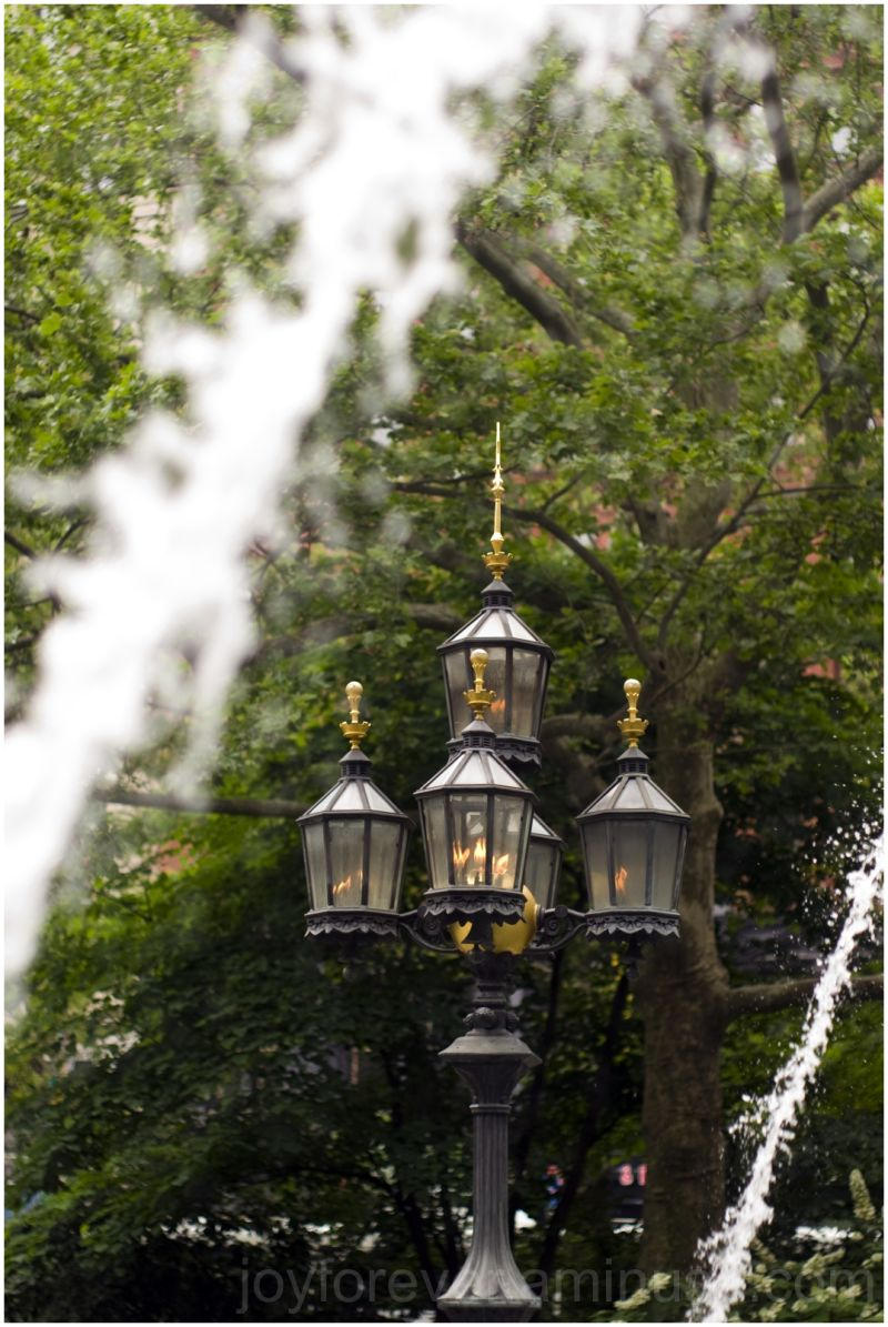 fountain city-hall-park new-york-city lamp