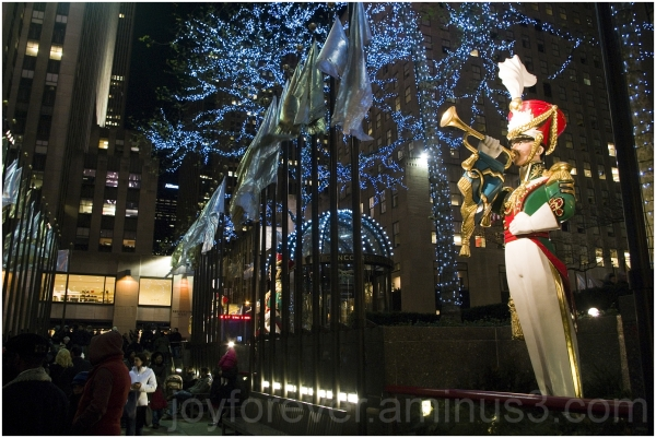 Rockefeller-Center Christmas Holiday New-Year NYC