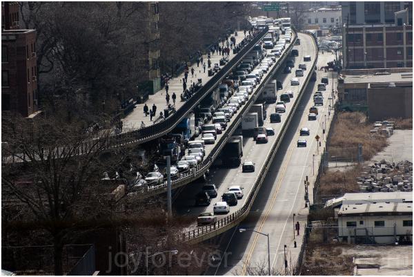 road cars traffic jam Brooklyn-Queens-Expressway