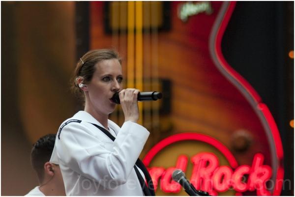 Sailor navy singer lady uniform hard-rock-cafe