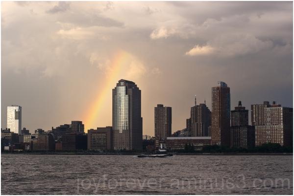 rainbow city new-york manhattan hudson river USA