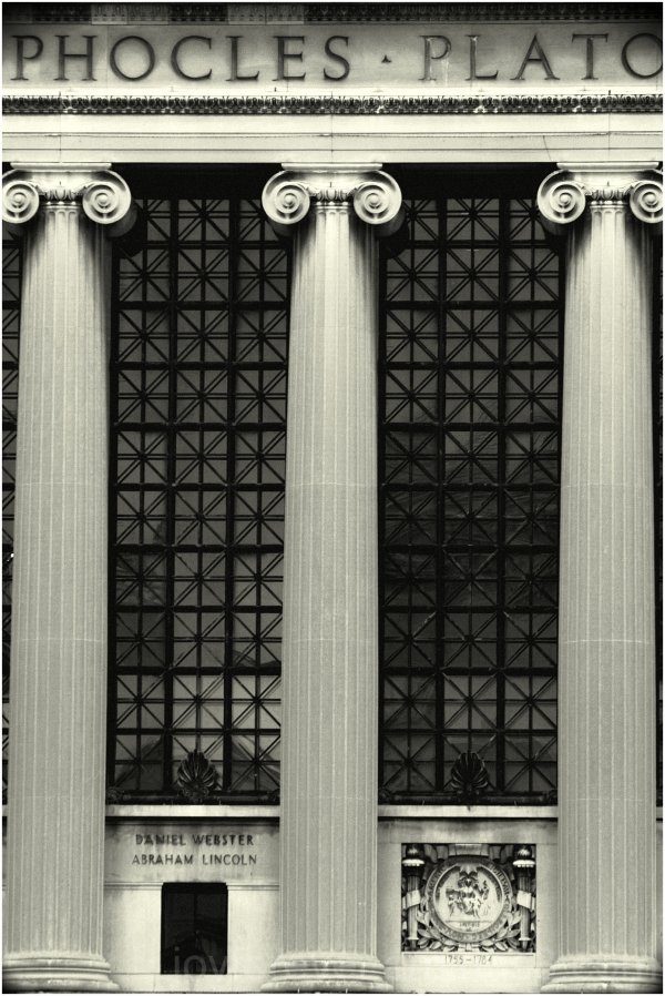 Butler-library columbia-university building pillar