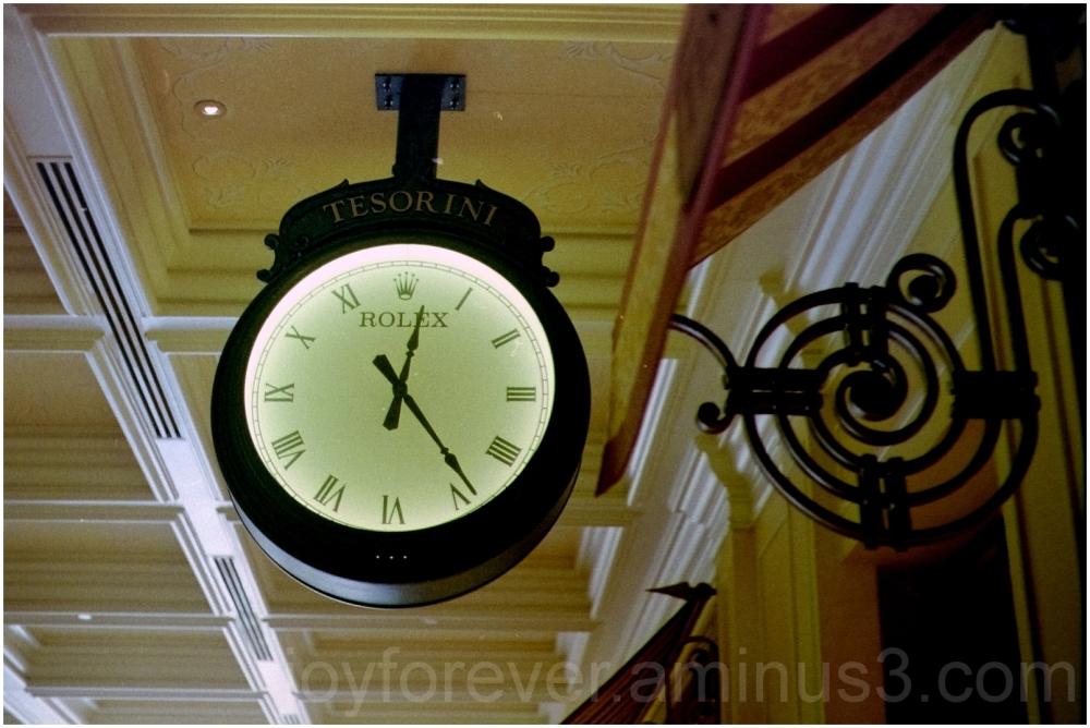 Las-Vegas Bellagio hotel casino Rolex clock film
