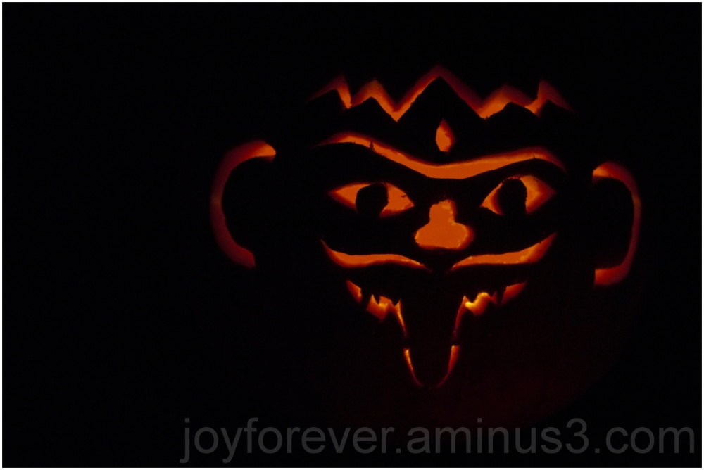 Pumpkin Fall jack-o-lantern carving Halloween