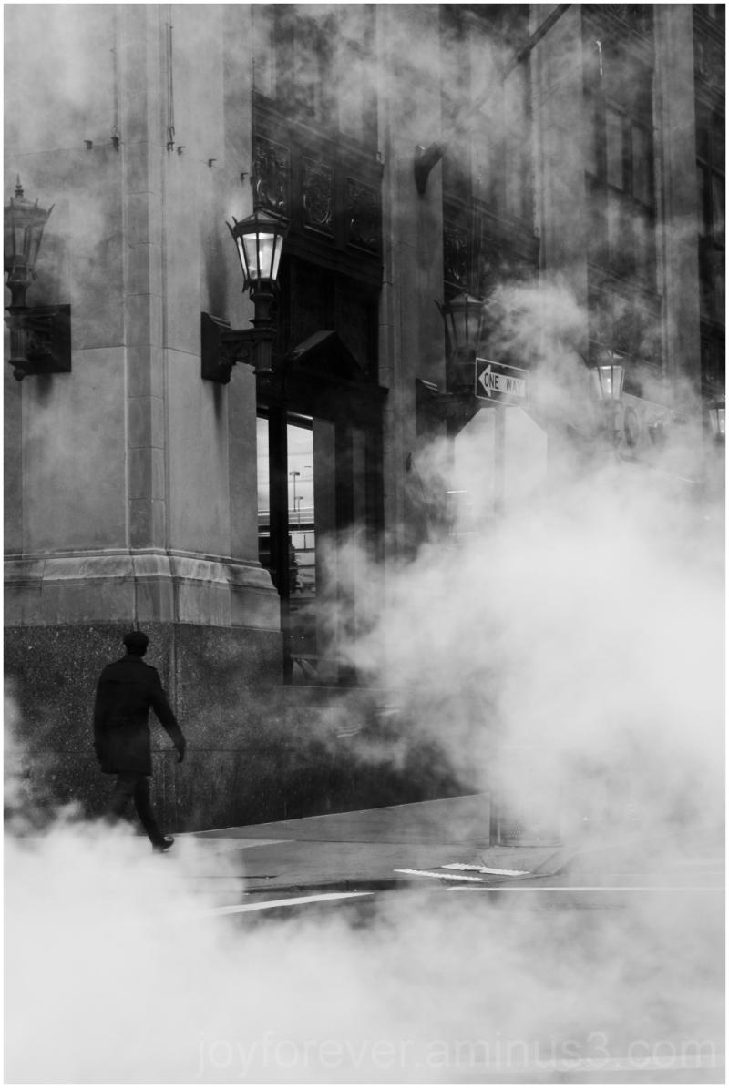 Wall-Street New-York Manhattan Steam fog B&W