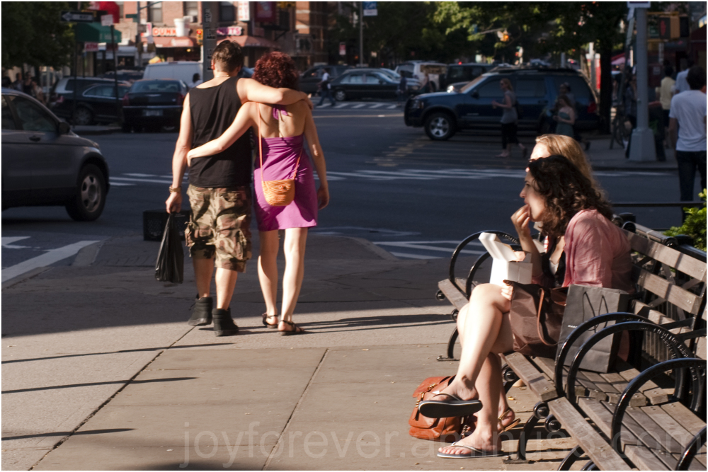 love couple man woman street new-york-city NYC