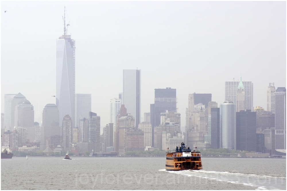 Manhattan skyline water ferry Staten-Island NYC