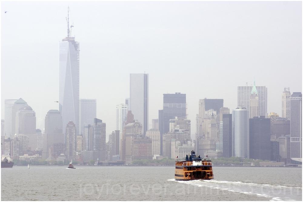 Manhattan skyline water ferry Staten-Island NYC